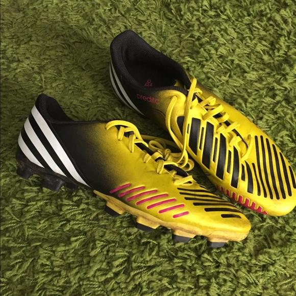 Men's Adidas Predator soccer cleats sports shoes